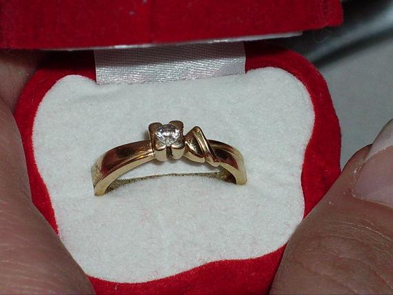 Lucka & Andrej - Môj zásnubný prsteň. Dostala som ho 2.1.2004