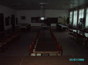 Tie zadné stoly tam nebudú, tam sa bude tancovať