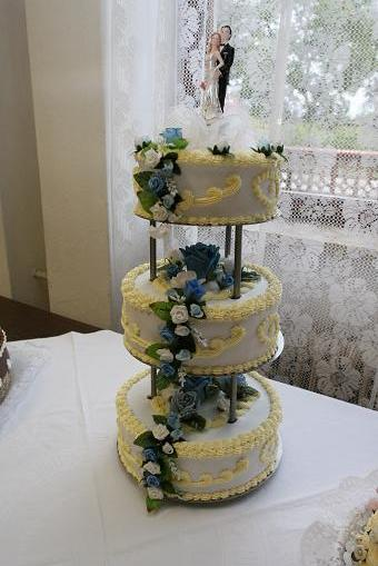 Lucka & Andrej - Hlavná torta od mojich rodičov, pekná že?