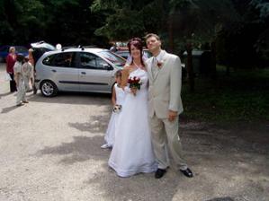 přijezd na svatební hostinu...mňam