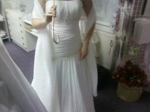 Jedny z favoritek, když jsem ještě nechtěla vlečku a velkou sukni :-)