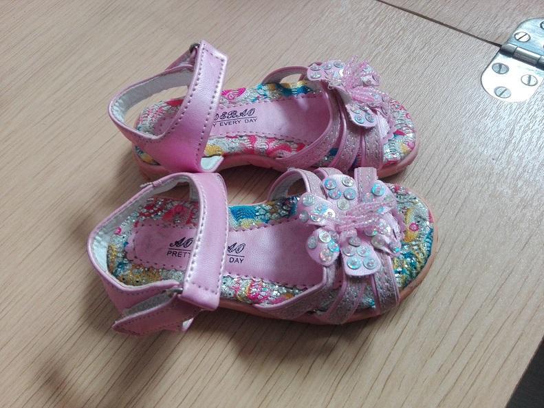 dievcenske sandalky - Obrázok č. 4