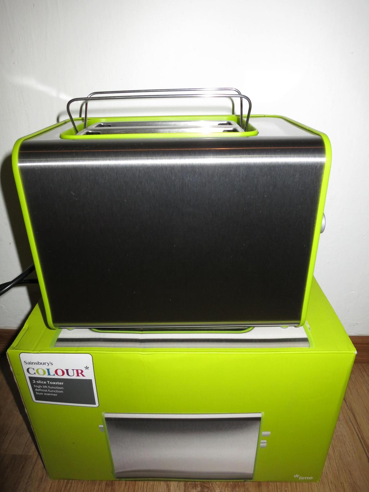 Nepouzivany toastovac limetkovej farby - Obrázok č. 1