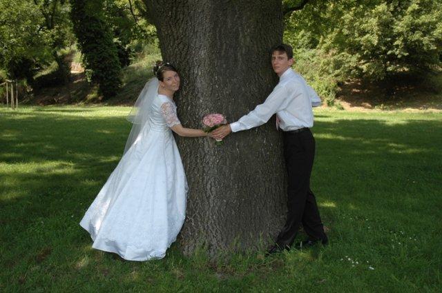 Andrejka{{_AND_}}Macko - Ten strom je ale široký!!!!