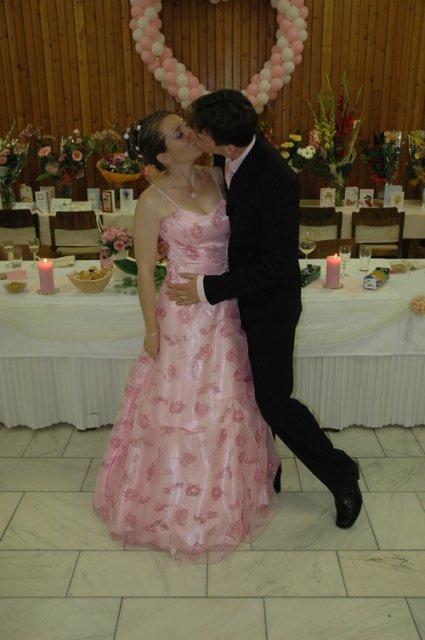Andrejka{{_AND_}}Macko - Moje popolnočné šaty.