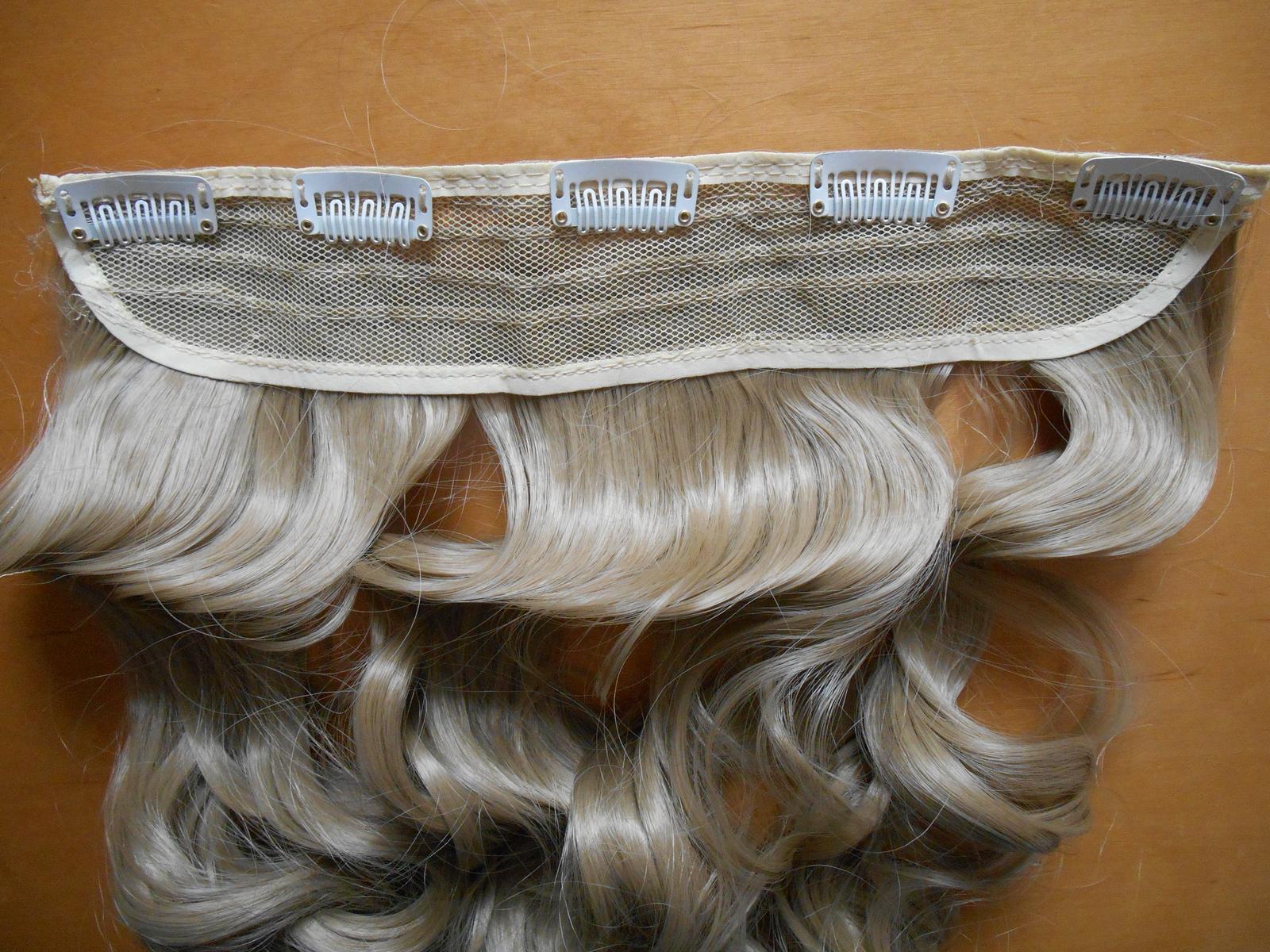 Clip in vlasový pás lokne 55 cm odtieň 24 - Obrázok č. 3