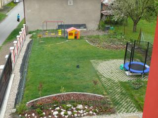 ;-)  foto záhrady... - Obrázok č. 3