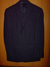 draheho oblek - tmavomodry s bledo a tmavo modrym pruzkom