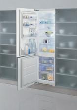 vybraná vestavná lednice whirlpool-objednáno