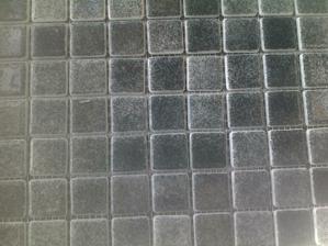 mozaika na dno sprcháče, protiskluzová 2x2cm