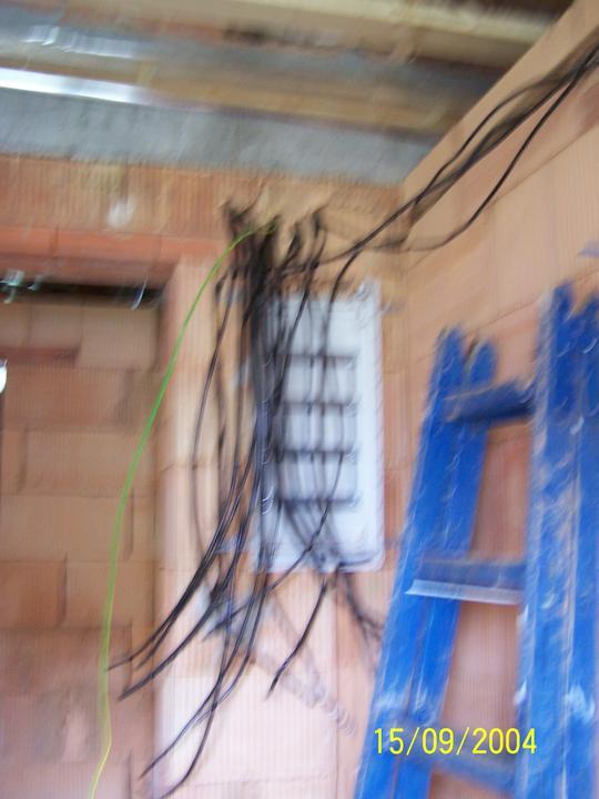 Náš dom - elektrina hotová