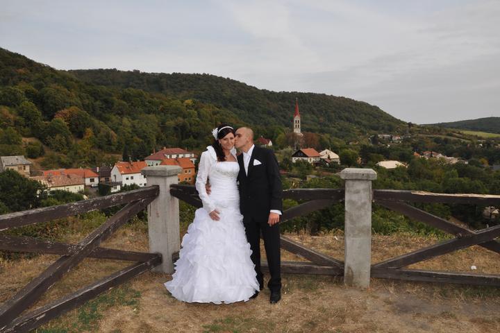 Zuzana Szaszáková{{_AND_}}Mirko Strhár - Obrázok č. 1