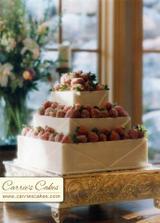 Take zajimavý dortík, marcipán a jahůdky