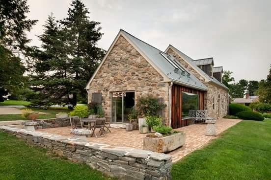 ..rustic cottage - co je naší inspirací... - kez by takhle nejak vypadala nase chaticka :-P