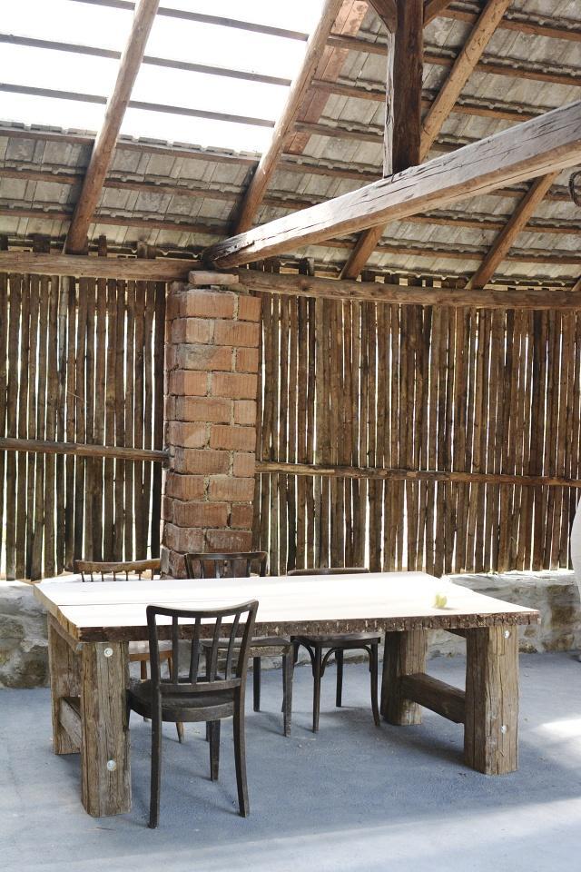..our rustic cottage.. - ..vždycky jsme si přáli veliký stůl :-)