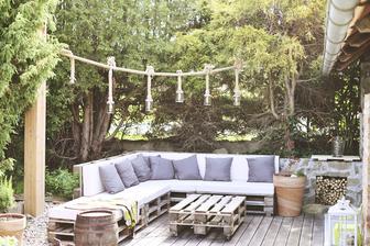sedačka na terase už i s polštářkama