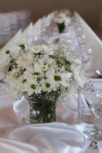 Takto vyzeraju chryzantemy na stoloch