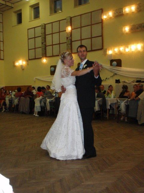 Lenka Karetková{{_AND_}}Libor Florek - novomanželksý tanec