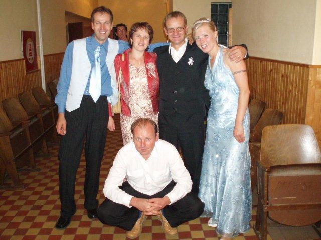 Lenka Karetková{{_AND_}}Libor Florek - so švagrinkou marcelou,jej manželom Paľom a švagrom Mariánom