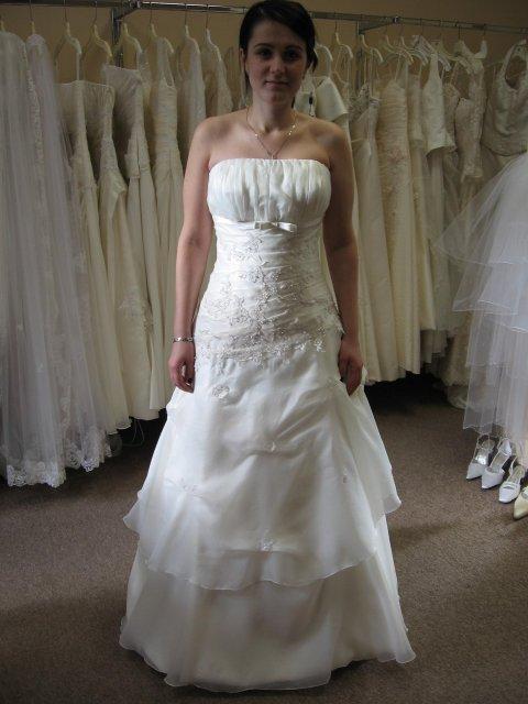 Lienocka a Petrík - moje svadobné šatky