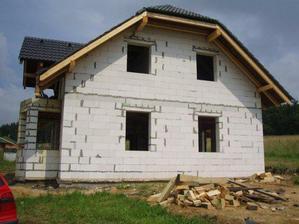 25.6.2009 skoro komplet střecha