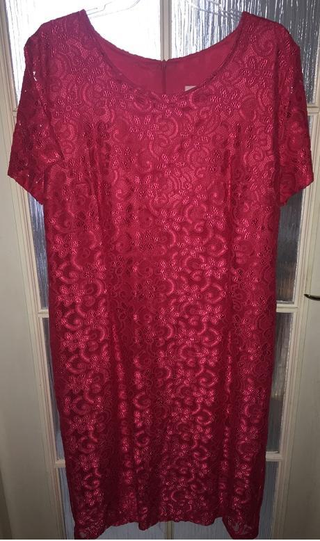 Dámske čipkované šaty - Obrázok č. 1