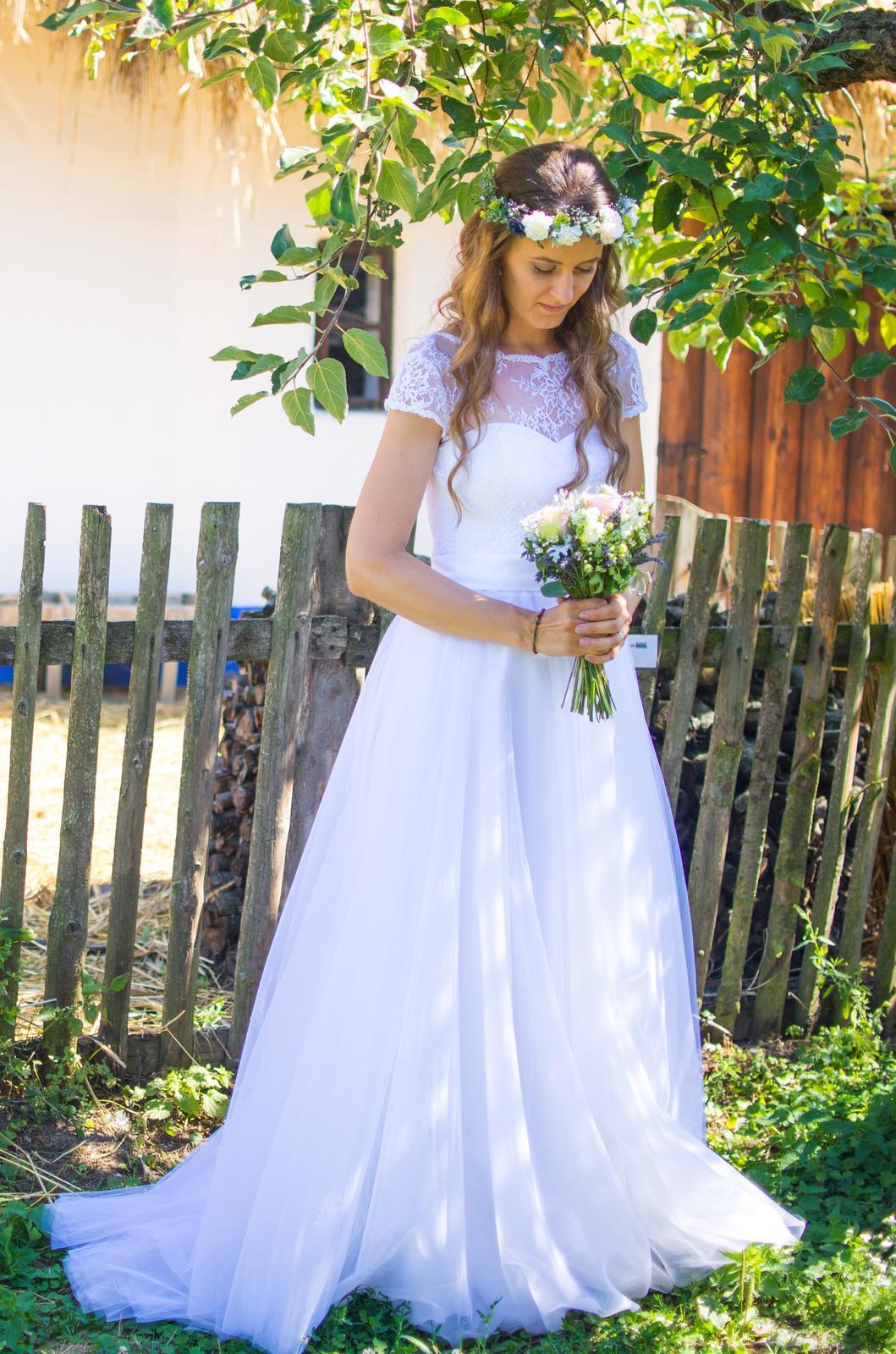 Svatební šaty pro vysokou nevěstu - Obrázek č. 1