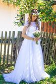 Svatební šaty pro vílu , 40