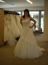 šaty č. 1 - Adina (Dara 38 bílé)