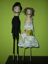 vytvářela jsem dneska tyhle tzv. woodoo panenky jak je nazval přítel....chtěla jsem je na dort ale přítel mi řekl že jsou prej docela morbidní....