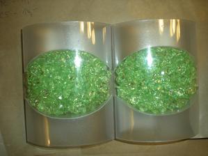 KIK u Kauflandu perličky nebo takové nějaké diamantíky kamínky či jak to nazvat... do 30 kč. balení