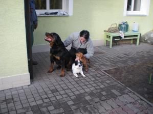 znova naše psí rodinka...