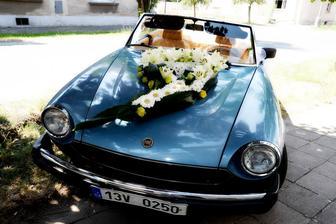 oasis aranžérské srdce v nabídce zelené - použité, šedé - nepoužité v sekci Dekorace na auto