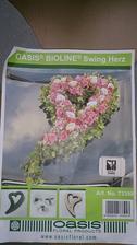 oasis aranžérské srdce v nabídce šedé - nepoužité v sekci Dekorace na auto