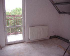 Konečne namontované aj radiatory v celom dome.