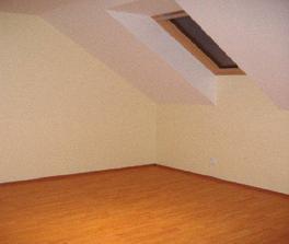 Druhá detská izba. Tiež ešte prázdna. No dúfam, že sa to už čoskoro zmení.