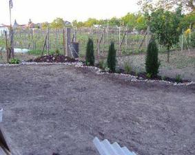 Záhradka je maličká, ale naša