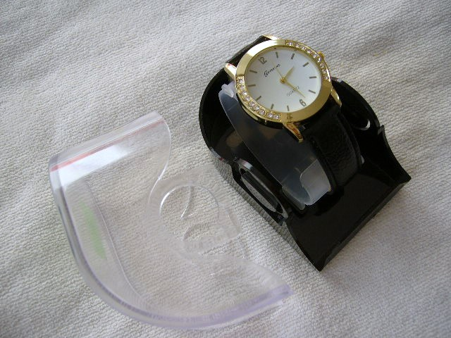 damske hodinky - Obrázok č. 1