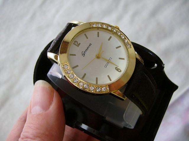 damske hodinky - Obrázok č. 3