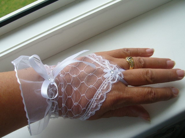 rukavičky+podväzok - Obrázok č. 2
