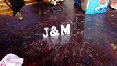 Drevene pismenka J&M,