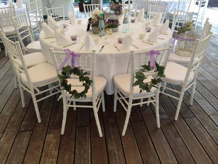 Půjčovna: stolů, lavic, židlí, ubrusů, potahů a dekorací - Obrázek č. 24