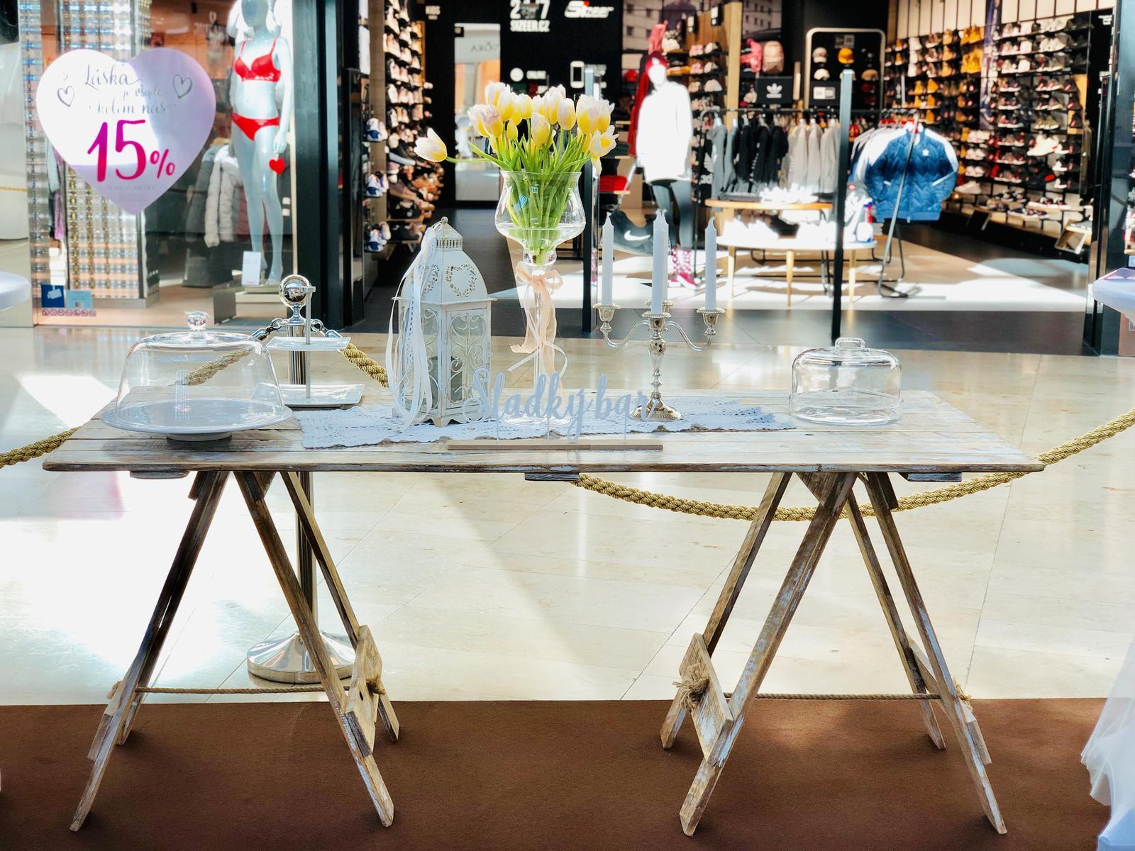 Půjčovna: stolů, lavic, židlí, ubrusů, potahů a dekorací - Obrázek č. 95