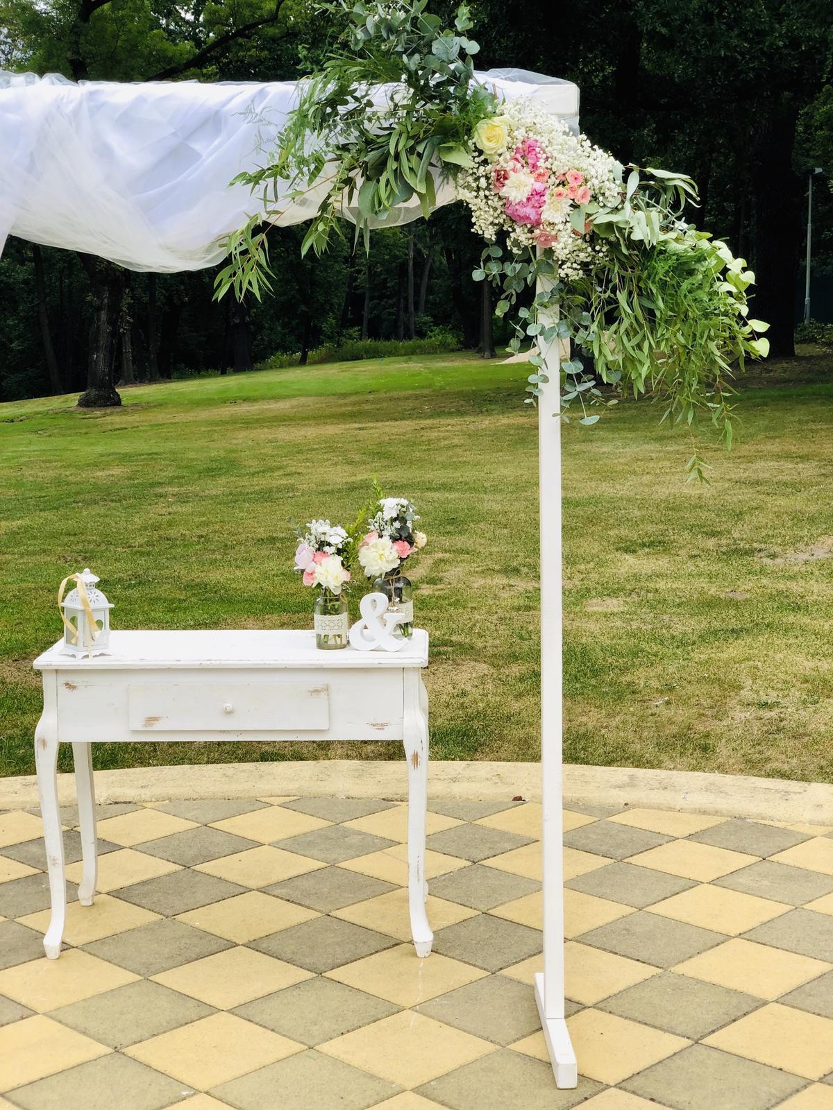 Výzdoba a květiny na klíč 27.7.2019 Chateau St. Havel - Vyzdobanaklic.cz