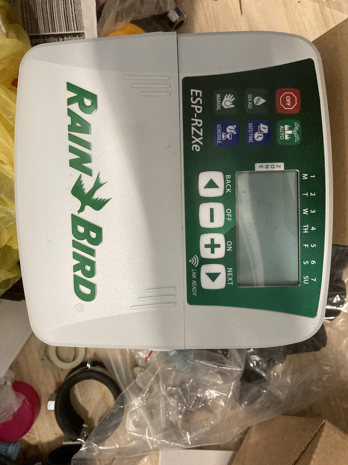 Zavlazovaci automat RainBird ESP-RZXe - Obrázok č. 1