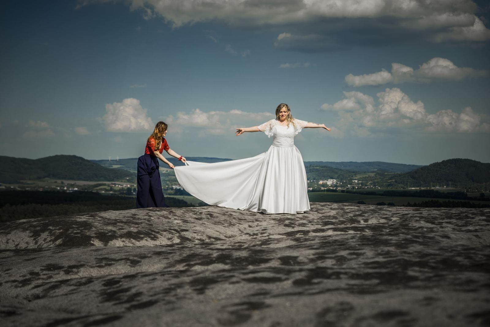 Svatební šaty- ručně šité- IVORY - Obrázek č. 4