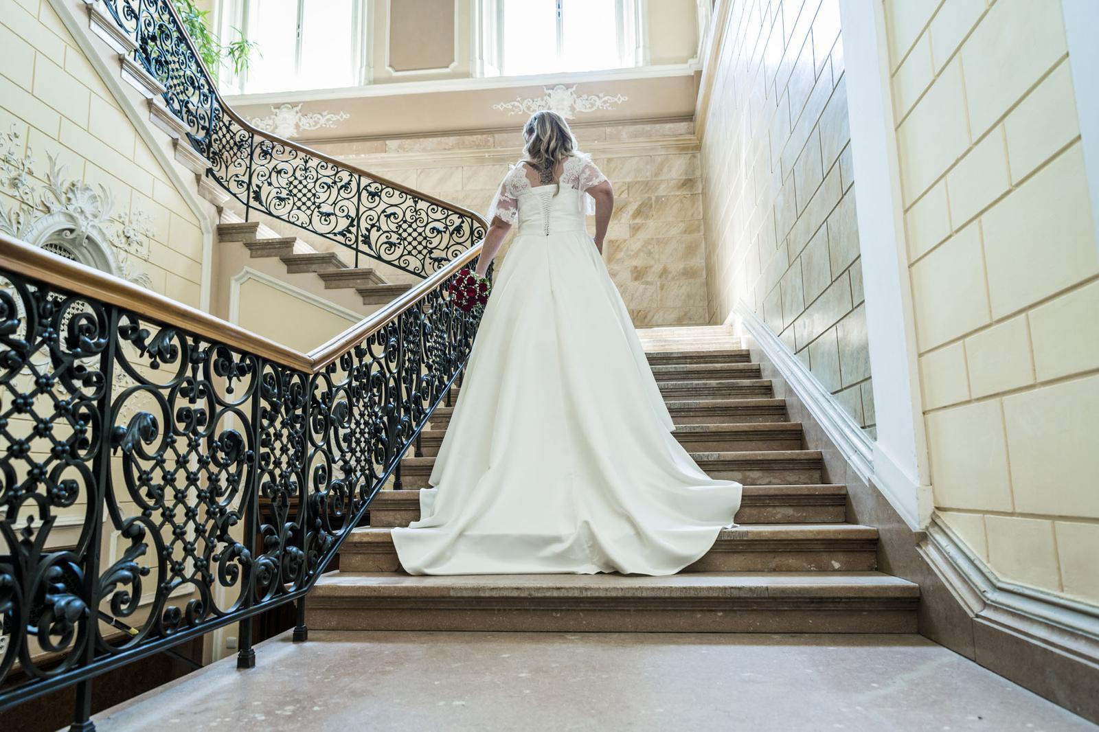 Svatební šaty- ručně šité- IVORY - Obrázek č. 1