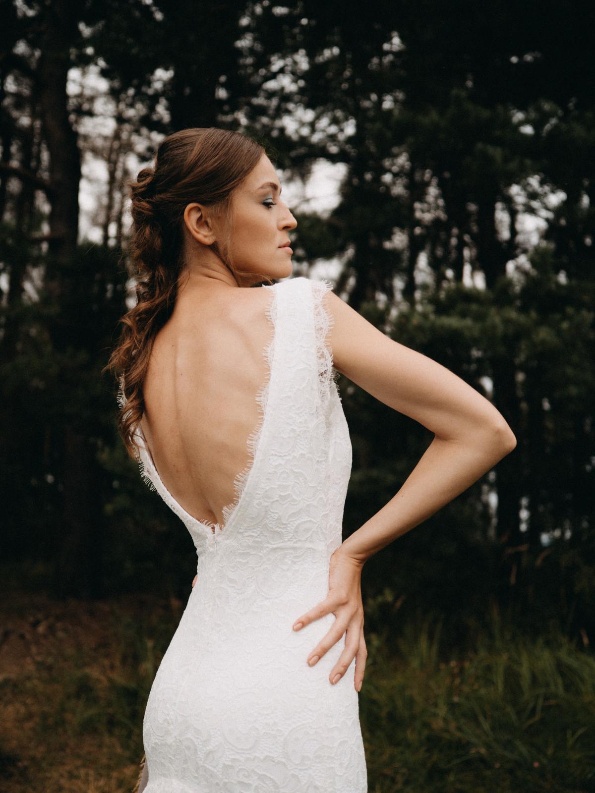 Celokrajkové svatební šaty vel. 36 - Obrázek č. 3