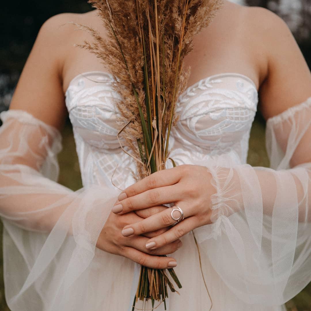 Krajkové korzetové šaty vel. 36-38 - Obrázek č. 2