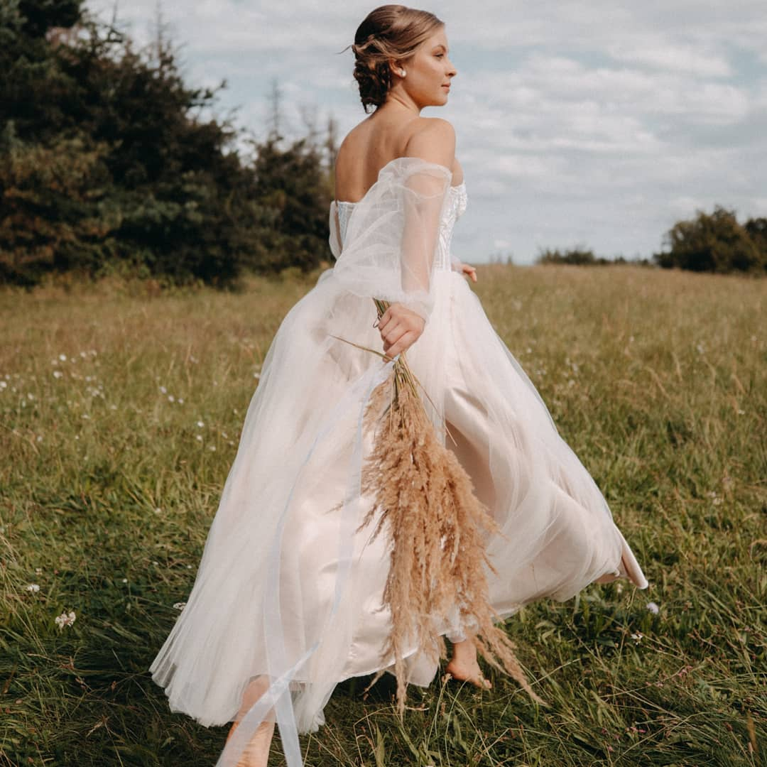 Krajkové korzetové šaty vel. 36-38 - Obrázek č. 3